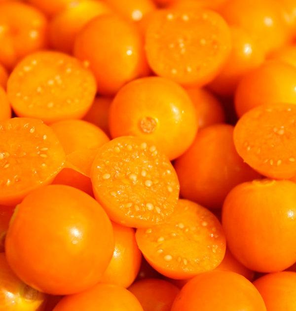 Freshgoldenberries-1